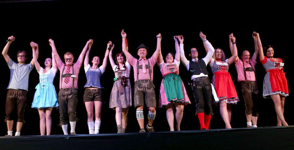 Menuetheater Jubiläumsshow Schlußapplaus